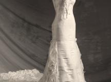 医用包装废料制Bella新娘礼服