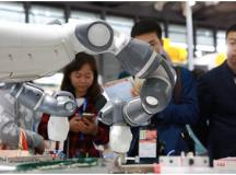 科研创新驱动企业升级转型    CHINAPLAS 2017助力橡塑行业危中寻机